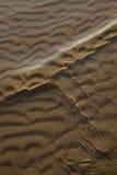 Golf en zand Royalty-vrije Stock Afbeelding