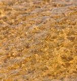 Golf overzees strand op hoogste mening Stock Afbeelding