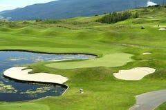 Golf spielen stockfoto