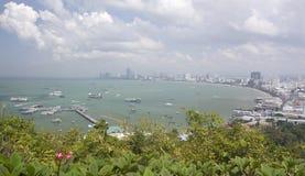 Golf- und Stadtlandschaft von Pattaya stockbilder
