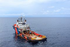 GOLF VAN THAILAND, 30,2017 SEPTEMBER: Zeeolie en gaslevering Stock Foto's