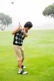 golfare av teeing Royaltyfria Bilder