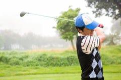 golfare av teeing Arkivfoto