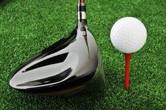 Golfbal en bestuurder Royalty-vrije Stock Fotografie