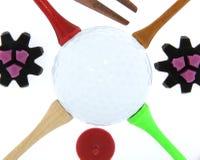 Golfbal met T-stukken en Cleats Royalty-vrije Stock Afbeelding