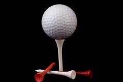 Golfbal op T-stuk met T-stukken Stock Afbeelding