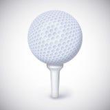 Golfbal op wit T-stuk Royalty-vrije Stock Foto