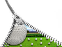 Golfball auf Gras im Rahmen des Reißverschlusses Stockbild