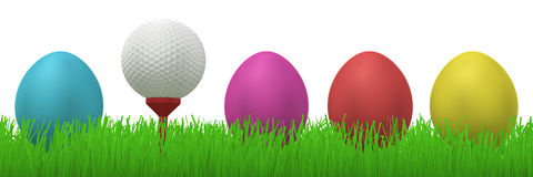 Golfball tussen paaseieren Stock Foto's