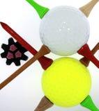 Golfballen met T-stukken en Cleat Stock Afbeeldingen