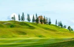 Golfbana i bygden Royaltyfri Foto