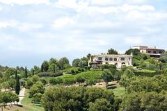 Golfbanaaandvilla i Spanien Fotografering för Bildbyråer