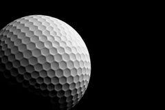 Golfboll på svart bakgrund, tolkning 3D Arkivbilder