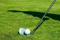 Golfclub en bal Stock Foto