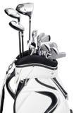 Golfclubs in der weißen und schwarzen Tasche lokalisiert auf weißem Hintergrund Stockfotos