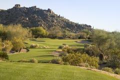 Golfcursus in Arizona, woestijnfairway Royalty-vrije Stock Afbeeldingen