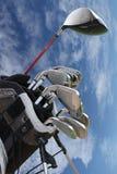 Golfe ajustado com fundo do céu Foto de Stock Royalty Free