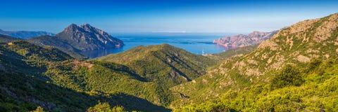 Golfe de Girolata från Bocca Di Palmarella, Korsika, Frankrike Arkivbild