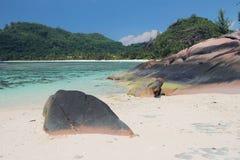 Golfe de mer dans les tropiques Baie Lazare, Mahe, Seychelles Photographie stock libre de droits