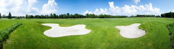 Golffält Royaltyfri Foto