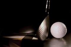 Golfing στοκ εικόνα με δικαίωμα ελεύθερης χρήσης