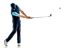 Golfing del giocatore di golf dell'uomo isolato con fondo Immagini Stock