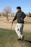 Golfing dell'uomo maggiore Fotografia Stock Libera da Diritti