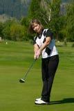 Golfista femenino imagen de archivo