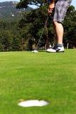 Golfista listo para poner Foto de archivo