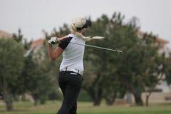 golfladyswing Fotografering för Bildbyråer