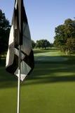 Golfmarkierungsfahne Lizenzfreie Stockfotos