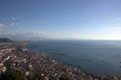 Golfo de Salerno visto del castillo Fotos de archivo libres de regalías