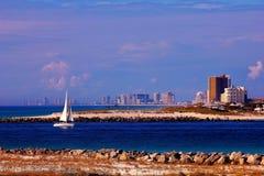 Golfo del Messico della barca a vela di tramonto di vista fotografia stock libera da diritti