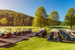 Golfowe fury przy polem golfowym w Vermont usa obraz stock