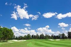 golfowy zielony pogodny Obrazy Royalty Free