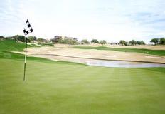 Golfplatzgrün, Loch 18, Lizenzfreie Stockfotos