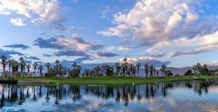 Golfplatzsonnenaufgang Stockbild