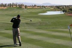 Golfschwingen in Palm Spring Lizenzfreie Stockbilder