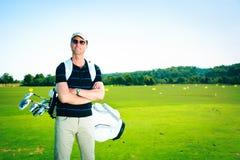 Golfspeler bij het Drijven van Waaier stock afbeelding
