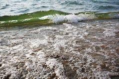 Golfstijging boven de oppervlakte stock afbeeldingen