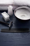 Golić sposoby dla mężczyzna w piękno salonie Obraz Stock