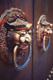 Golpeador de puerta chino Fotos de archivo
