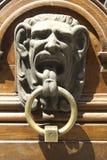 Golpeador de puerta del Gargoyle Foto de archivo