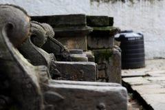 Golpecito de agua del ` s del templo de las madres Fotos de archivo