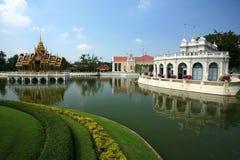 Golpee el dolor Aisawan, palacio de verano rayal, Tailandia Foto de archivo libre de regalías