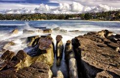 Golven en rotsen, Balmoral, Sydney stock fotografie