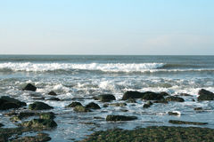Golven op de Atlantische Oceaan Royalty-vrije Stock Foto