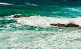 Golven op de Vreedzame kust de reis aan Australië Royalty-vrije Stock Afbeelding
