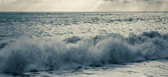 Golven op de Zwarte Zee Royalty-vrije Stock Fotografie