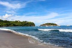 Golven op een strand Royalty-vrije Stock Foto